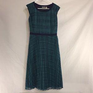 Halogen Dress - pleated